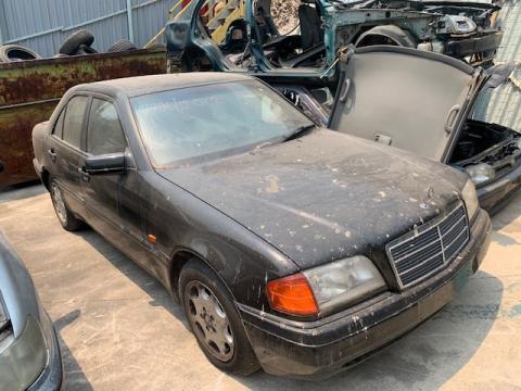 Μεταχειρισμένο αυτοκίνητο MERCEDES E200 W124 1989   Autoscrap - ΧΡΗΣΤΟΣ ΛΑΒΔΑΡΑΣ & ΥΙΟΙ Ο.Ε   Ανακύκλωση , Απόσυρση Αυτοκινήτων, Καταστροφή Αυτοκινήτων, Διάλυση Αντικειμένων -