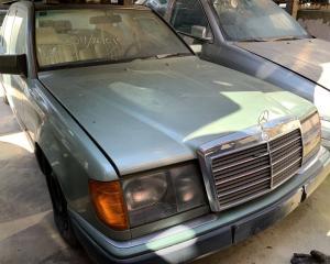 Μεταχειρισμένο αυτοκίνητο Mercedes E 200 W124 1990 2000 Κυβικά 120 Ίπποι | Autoscrap - ΧΡΗΣΤΟΣ ΛΑΒΔΑΡΑΣ & ΥΙΟΙ Ο.Ε | Ανακύκλωση , Απόσυρση Αυτοκινήτων, Καταστροφή Αυτοκινήτων, Διάλυση Αντικειμένων -