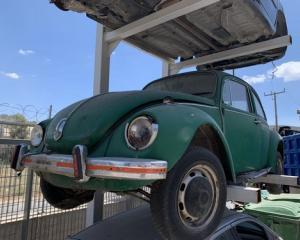 Μεταχειρισμένο αυτοκίνητο Scaraveo | Autoscrap - ΧΡΗΣΤΟΣ ΛΑΒΔΑΡΑΣ & ΥΙΟΙ Ο.Ε | Ανακύκλωση , Απόσυρση Αυτοκινήτων, Καταστροφή Αυτοκινήτων, Διάλυση Αντικειμένων -