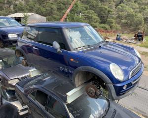 Μεταχειρισμένο αυτοκίνητο Mini One 2002 1400 Κυβικά | Autoscrap - ΧΡΗΣΤΟΣ ΛΑΒΔΑΡΑΣ & ΥΙΟΙ Ο.Ε | Ανακύκλωση , Απόσυρση Αυτοκινήτων, Καταστροφή Αυτοκινήτων, Διάλυση Αντικειμένων -
